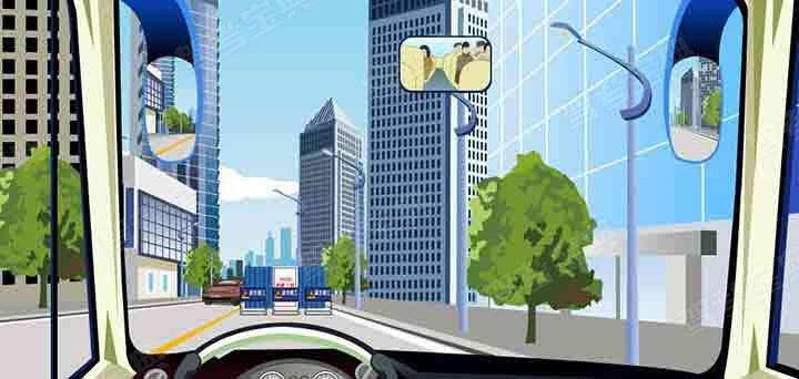 驾驶机动车遇到这种情况时对向机动车优先通过。