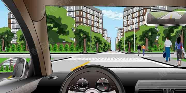 如图所示,驾驶机动车遇到这种情况能够加速通过,是因为人行横道没有行人通过。