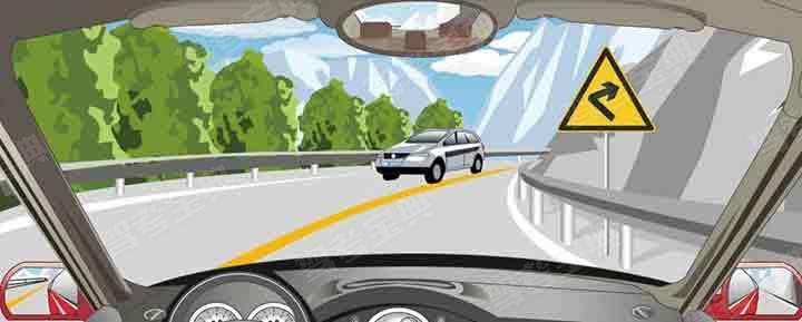 驾驶机动车在山区道路遇到这种情况如何处理?
