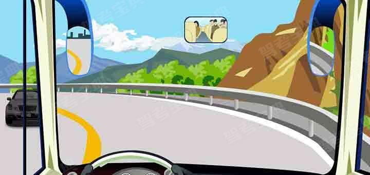 驾驶机动车在这种条件的弯道处怎样转弯最安全?
