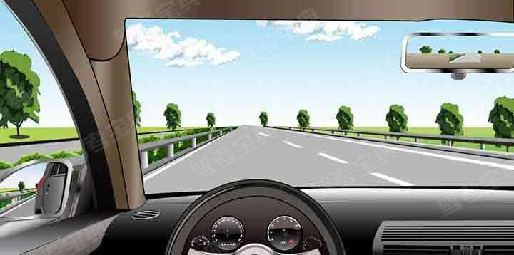 如圖所示,在高速公路同方向兩條機動車道左側車道行駛,應保持什么車速?