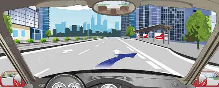 路面白色虚实线指示变道或靠边停车时允许跨越。